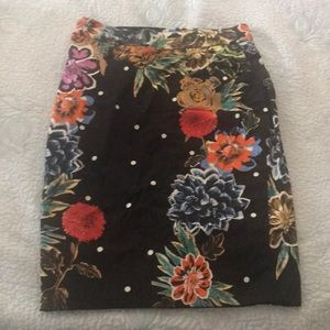 Beautiful anthropology pencil skirt. Worn once.